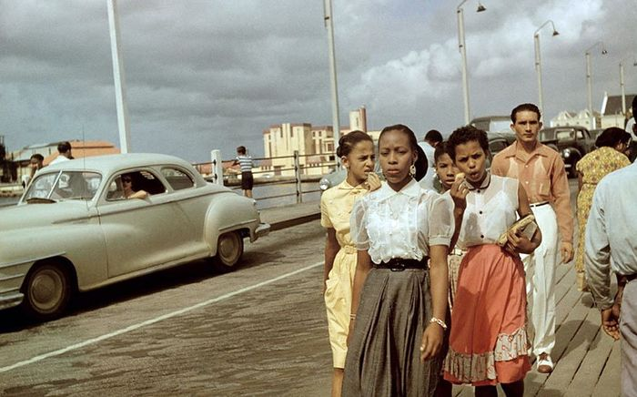 Кубинцы на набережной Гаваны, Куба середина 1950х