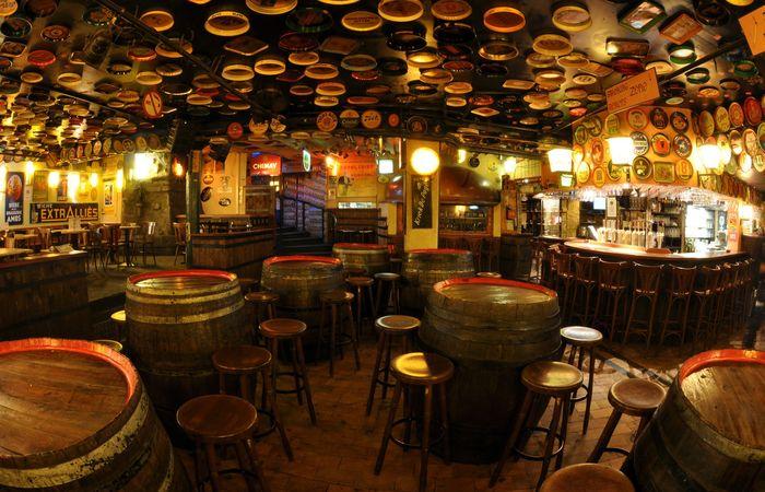 Знаменитый бельгийский пивной бар Delirium Tremens