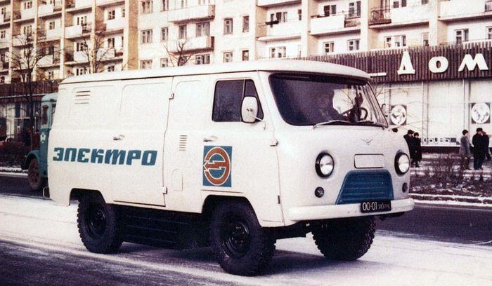Электрический внедорожник УАЗ 451ми