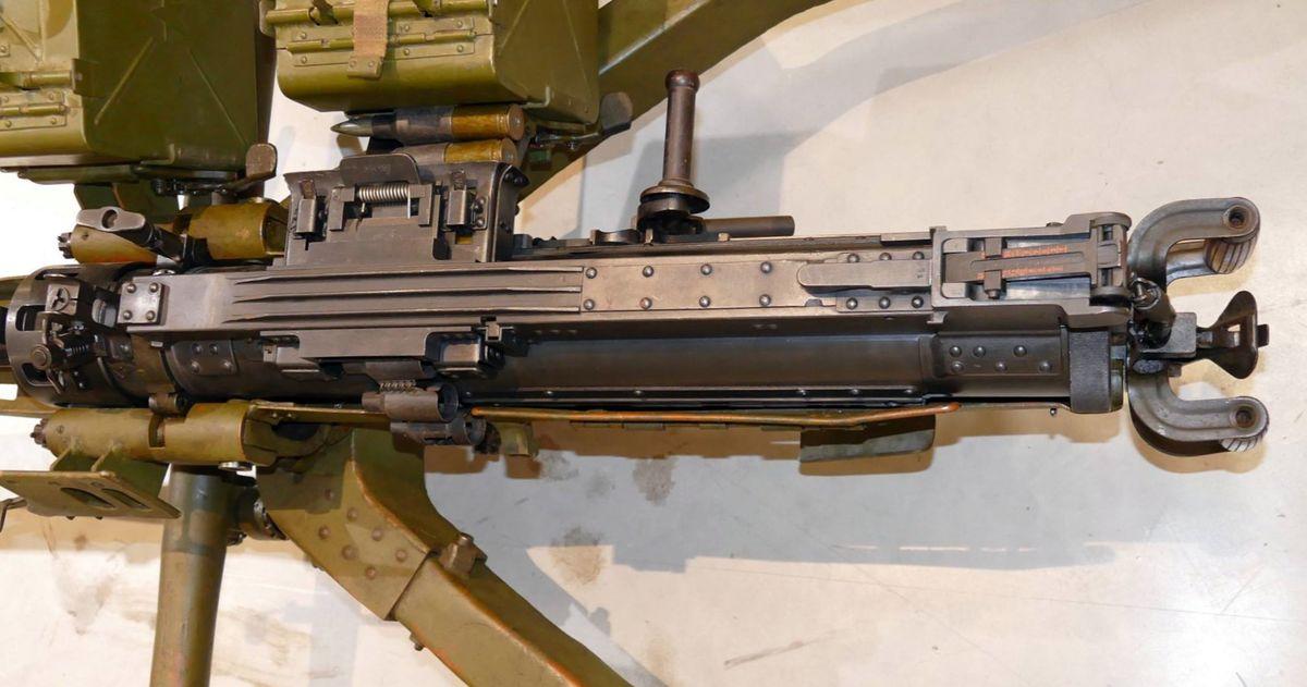 Пулемет КПВ на колесном станке Харыкина