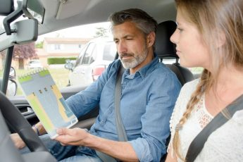Курсы вождения в автошколе в США