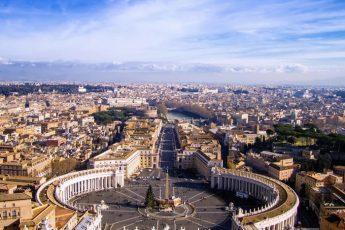 Лучшие магазины для шоппинга в Риме по отзывам туристов