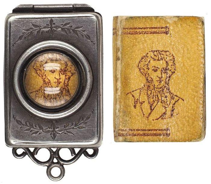 Миниатюрная книга-кулон стихов А.С. Пушкина, 1899 год, Российская Империя