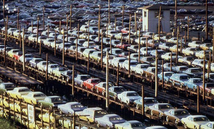 Поезда с автомобилями в переломном для Детройта 1973 году