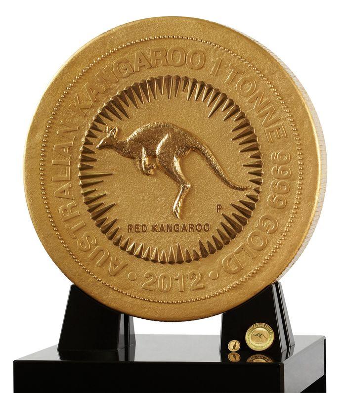 Самая большая золотая монета в мире