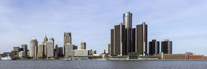 Панорама набережной Детройта