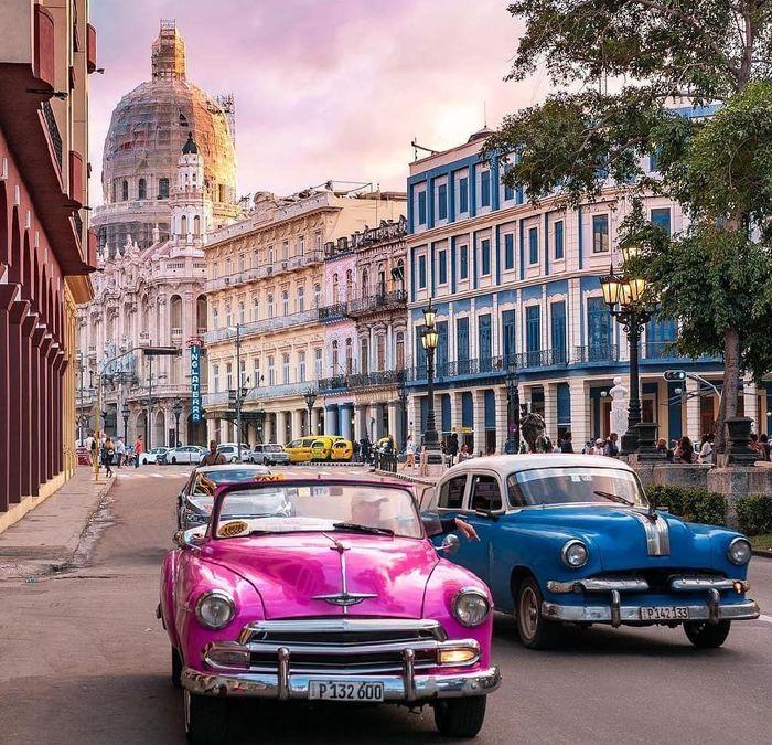 Больше всего ретро-машин на человек на Кубе