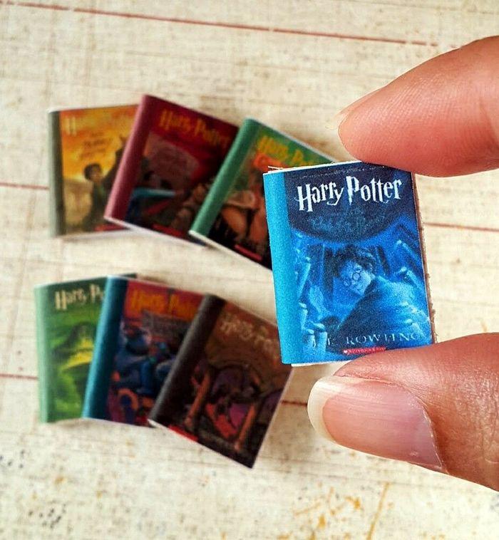 Как делают мини-книги самого маленького размера?