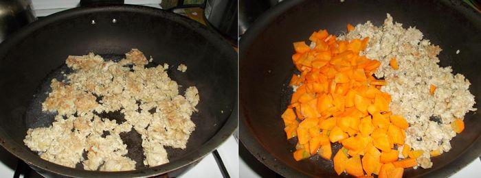 Обжариваем фарш с кусочками моркови