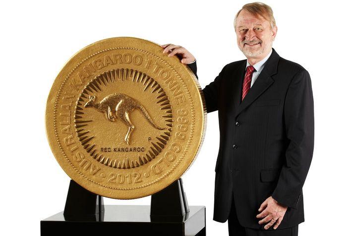 Золотая монета Kangaroo One Tonne Gold весом в одну тонну