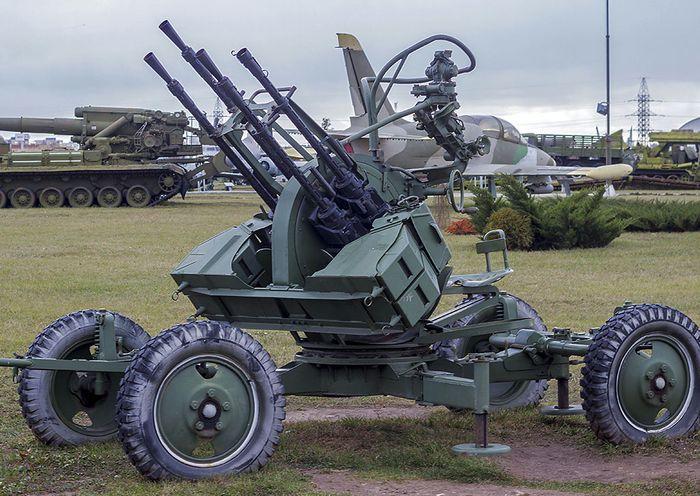 ЗПУ-4 - счетверённая 14,5-мм зенитная пулемётная установка пулеметов КПВ